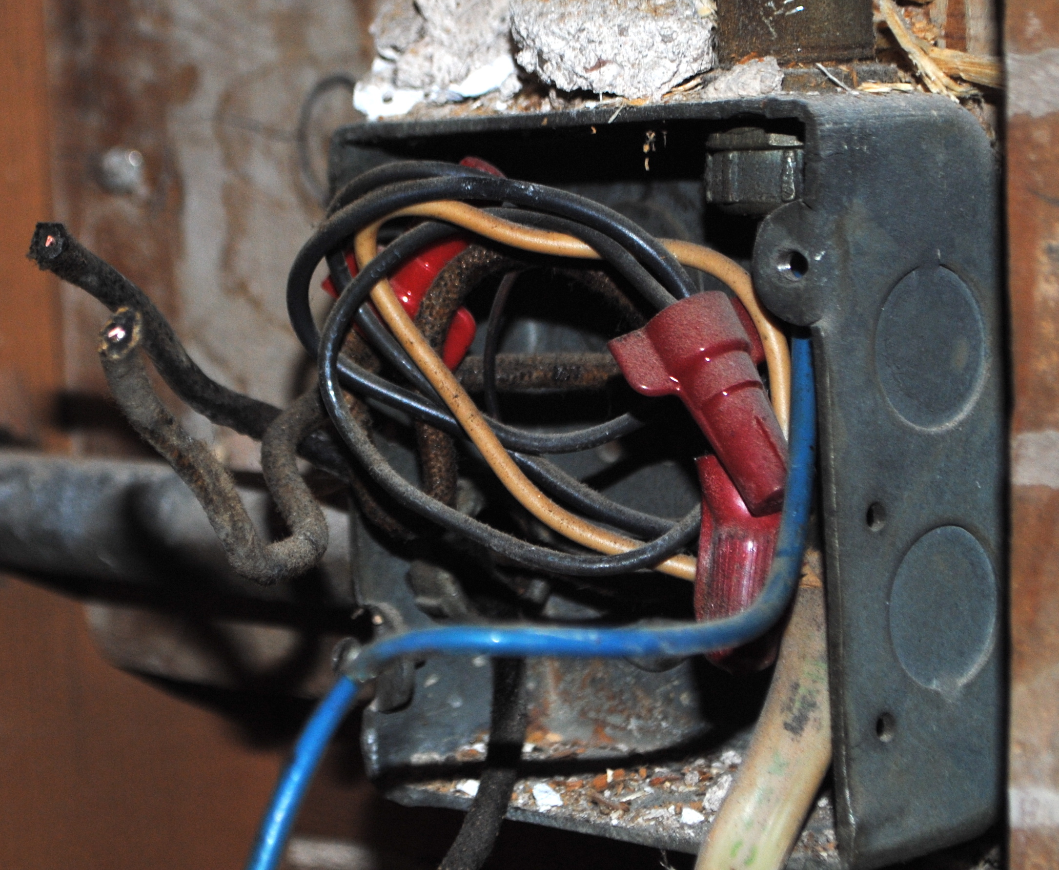 Plumbing Bungalowhutch Crazy Electrical Wiring Old Stuff John Said I Should Take A Picture Of Also Happens To Be The Source Fireworks