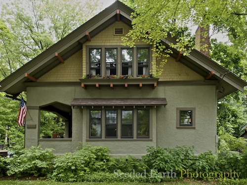 Roofing on pinterest craftsman bungalows bungalows and for Craftsman exterior color schemes